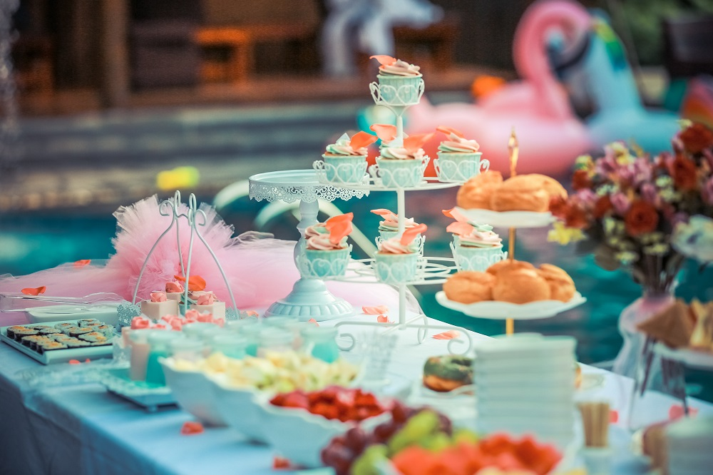 Kinder High Tea