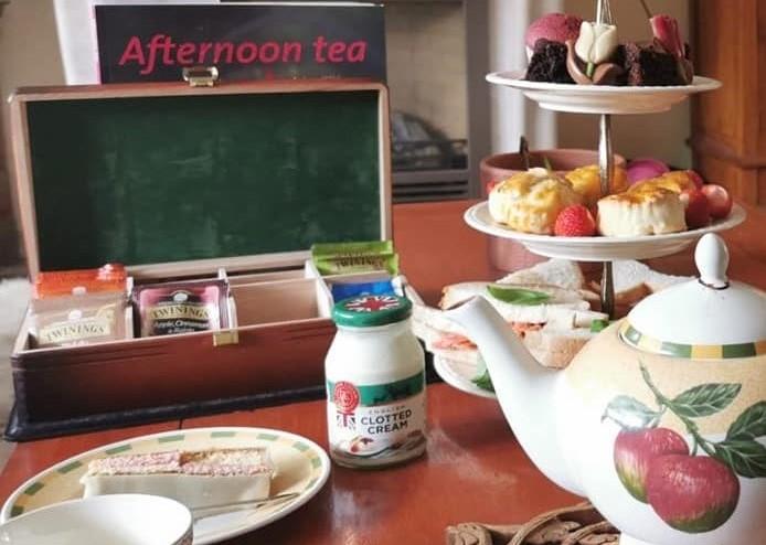 valentijns high tea at home